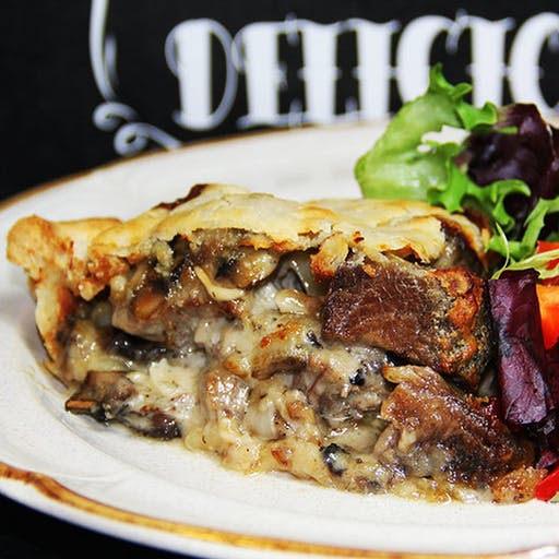 steak-mushroom-onion-and-gruyere-pie.50bc6854ab370eb663f9680c6e5015c1